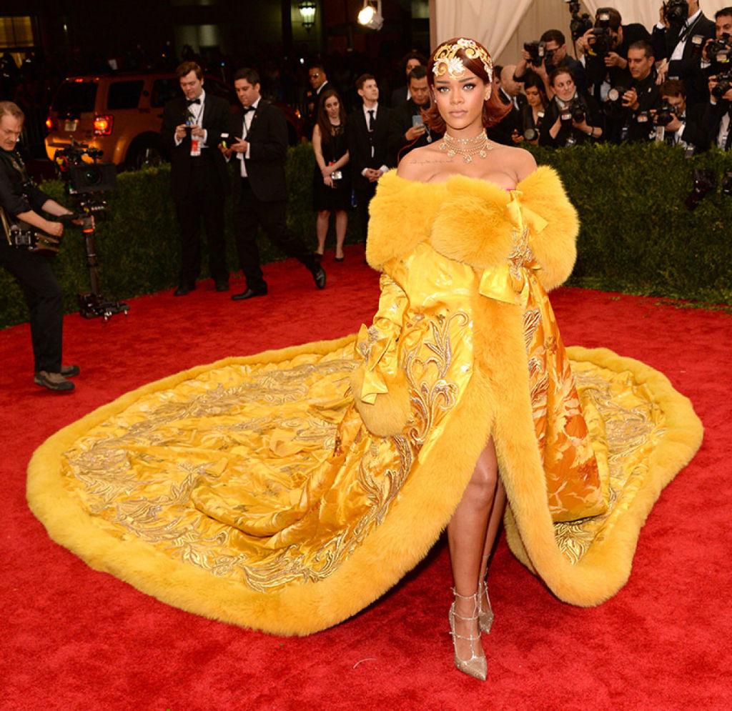 MetGala2015-Rihanna
