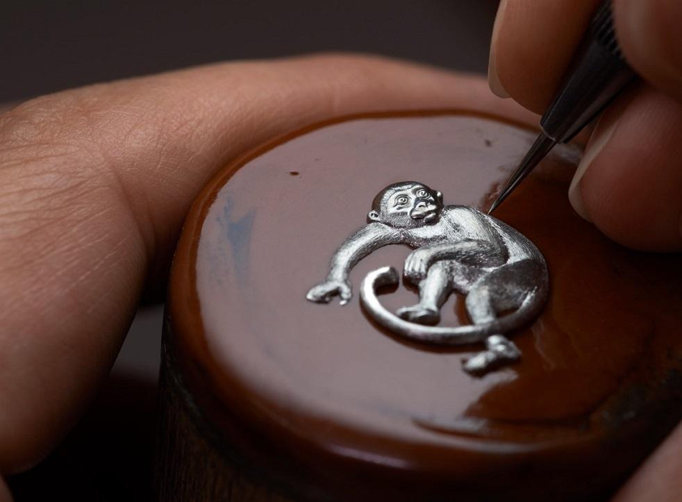 Métiers-d'Art-Ano-do-macaco-luxos-e-brilhos