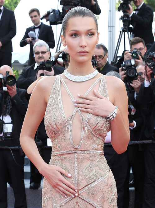 cannes-2016-Bella-Hadid