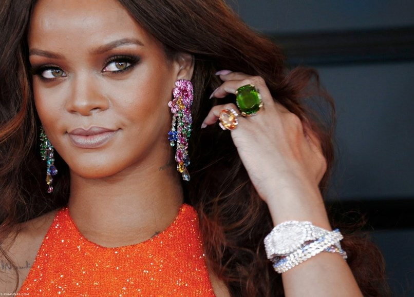 Luxos-e-brilhos-rihanna-loves-chopard-07