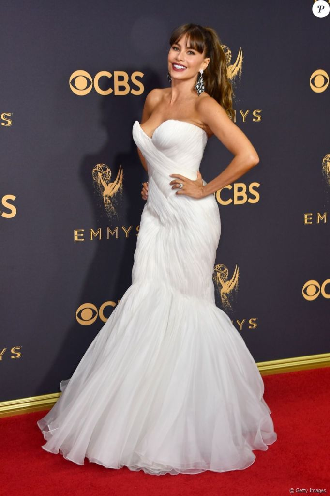 Emmy-Awards-sofia-vergara-luxos-e-brilhos