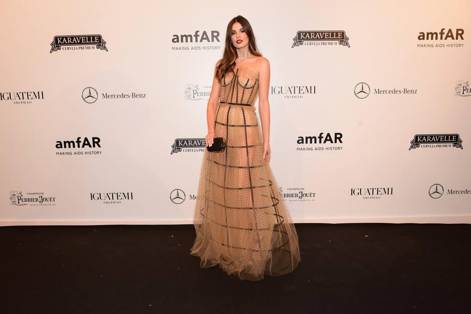 amfAR-2018-luxos-e-brilhos-camila-queiroz